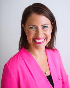 Michelle Bowden Headshot